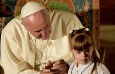 Papa Francesco in America Latina: gli abbracci calorosi e il grido degli esclusi