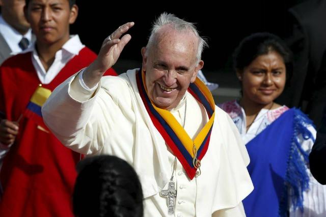 Il Papa, il vento. La carezza di Dio.