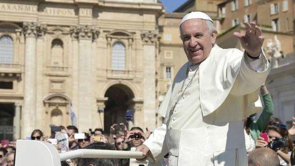 Per Francesco una estate di lavoro in Vaticano