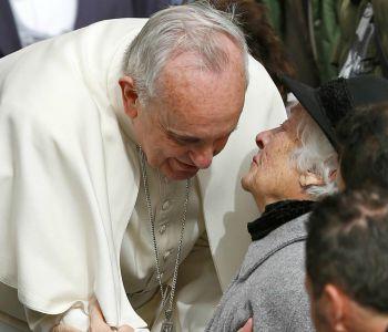Festa dei nonni in Spagna. Il Papa: prendersi cura degli anziani