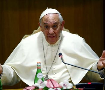 Papa Francesco ai sindaci del mondo: siate consapevoli dell'ambiente
