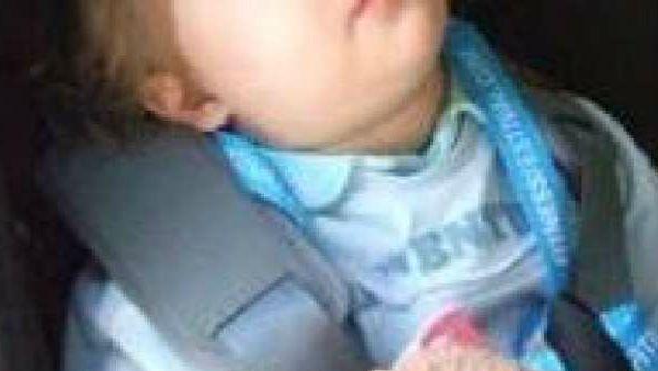 Quando impareremo che i bambini chiusi in macchina sotto il sole muoiono?
