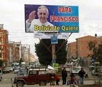 Papa Francesco prega per l'America Latina: società sia più fraterna