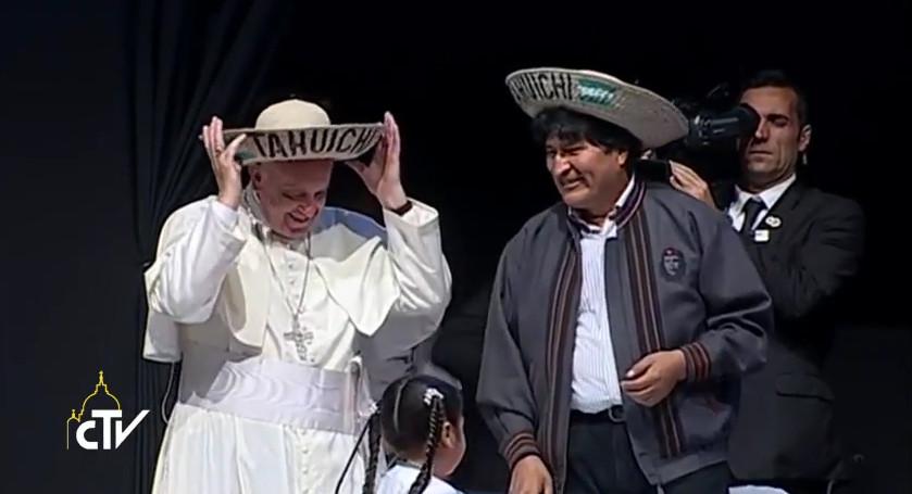 Sull'intensa giornata di ieri a Santa Cruz e l'importante discorso del Papa ai Movimenti Popolari, il nostro inviato in Bolivia Paolo Ondarza ha intervistato il direttore della nostra emittente e portavoce vaticano, padre Federico Lombardi