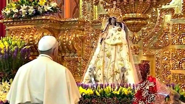 Papa Francesco ai religiosi. Discorso a braccio: gratuità e attenzione all'alzheimer spirituale!