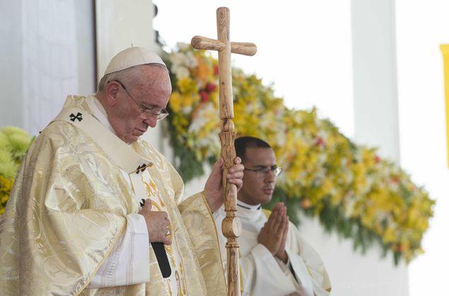 la storia del pastorale in legno utilizzato dal Papa in Ecuador...