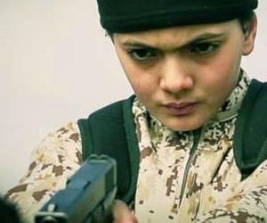 """Isis la """"solita"""" strage. Un consiglio agli assassini per evitare lo zapping."""