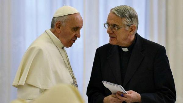 Padre Lombardi: il Papa mostra che vero cambiamento parte dai poveri