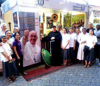 Francescani in missione nella movida romana