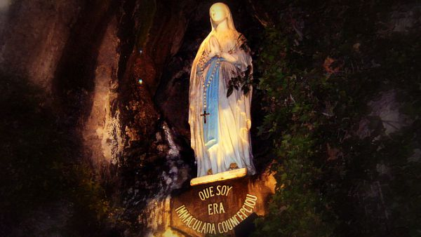 Un ponte lega il Carmelo a Lourdes...