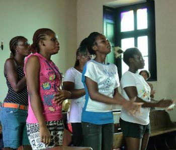 The dynamite. Il canto liberatorio delle nigeriane sfuggite a Boko Haram