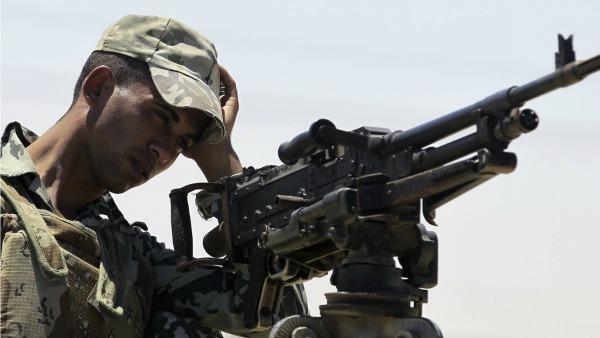 L'Is porta la guerra nel Sinai: oltre 100 morti