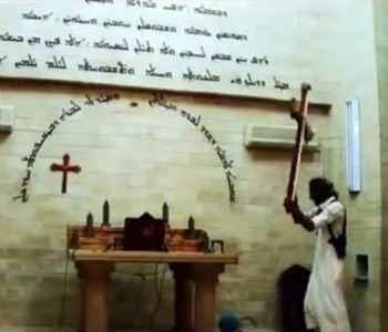 Mosul, così l'Is punisce i cristiani. Guarda il video