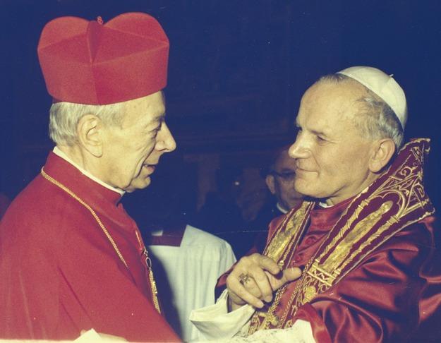 Il Cardinale Wyszyński, con Giovanni Paolo II.