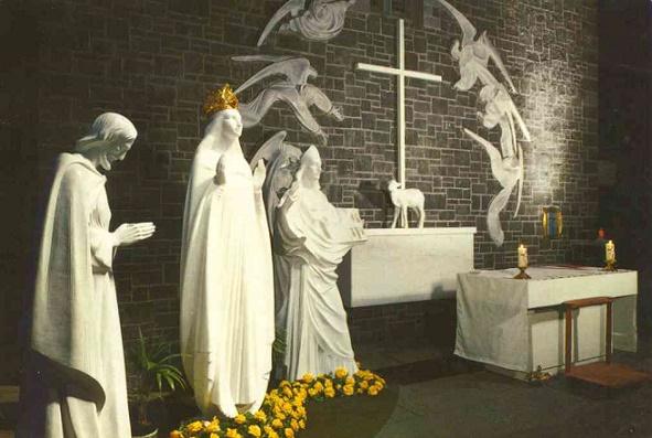 apparition (gable statues)