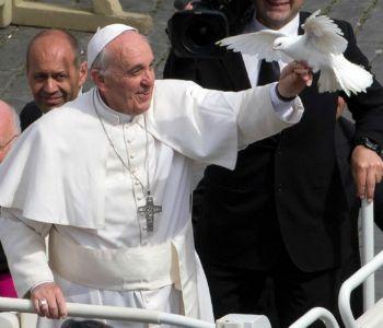 Vacanze concluse per il Papa: oggi l'incontro con i chierichetti