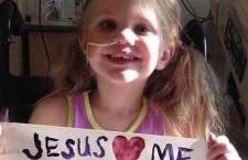 12 lunghi minuti senza battito cardiaco dopo essere annegata: il miracolo della piccola Alise