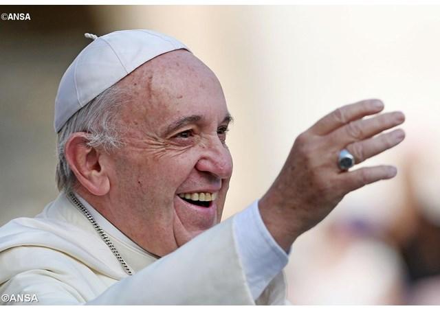 Papa Francesco: tre gesti perché la Chiesa affronti la realtà