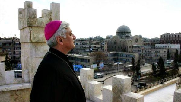 Intervista all'arcivescovo di Aleppo: Aiutateci a rimanere in Siria!