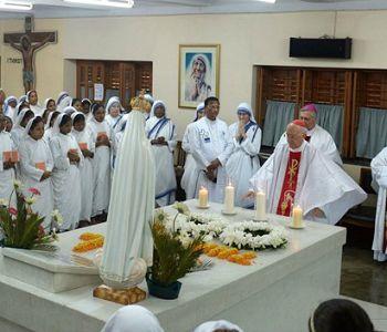 Il Card. Filoni in India: Calcutta è diventata sinonimo di misericordia grazie a Madre Teresa
