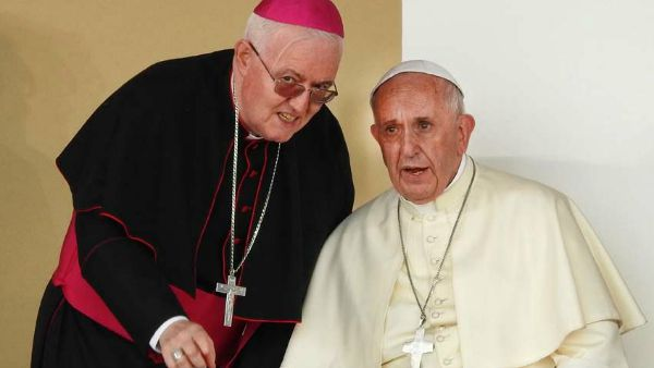 nosiglia e papa francesco