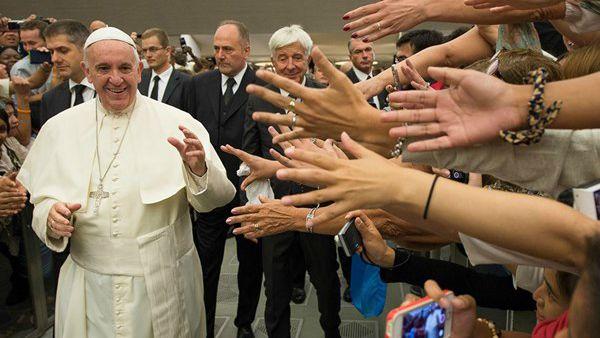 Papa Francesco: La Chiesa è la casa paterna. C'è posto per tutti.