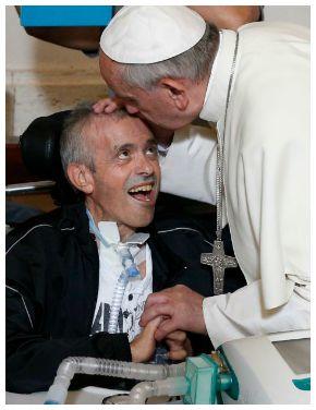 Messaggio di Papa Francesco per la giornata del malato: affidarsi a Gesù, curare con amore