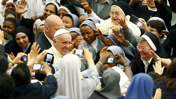 Papa Francesco ai consacrati: Siate sognatori