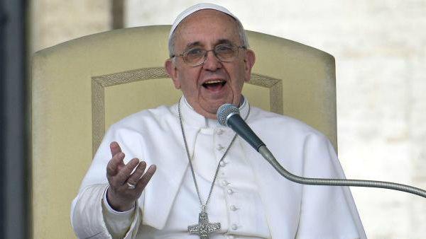 Papa Francesco: Le chiese, le parrocchie con le porte chiuse, non si devono chiamare chiese ma musei!