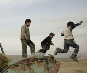 I comandanti Afghani abusano sessualmente dei bambini. La denuncia di un soldato americano