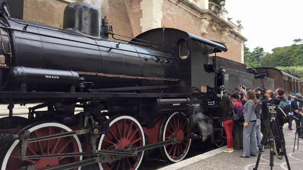 In treno dal Vaticano alle Ville Pontificie di Castel Gandolfo