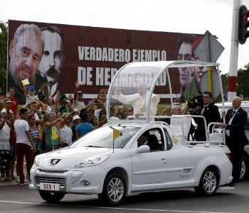 Lo storico incontro tra Papa Francesco e Fidel Castro