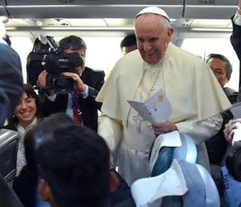 Papa Francesco: Mi chiedono se sono cattolico? Se serve posso recitare il Credo