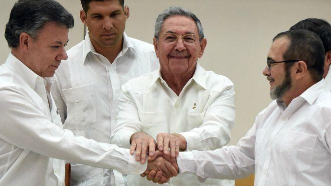 """Con la """"spinta"""" di Francesco: Accordo con le Farc la Colombia sulla strada della pace"""