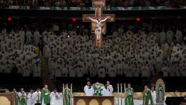 La Santa Messa al Madison Square Garden di New York