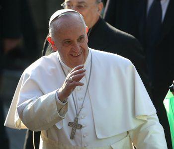 L'ambulatorio mobile del Papa a disposizione dei profughi
