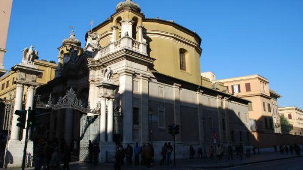 Vaticano: arrivata la famiglia di profughi ospite a Sant'Anna
