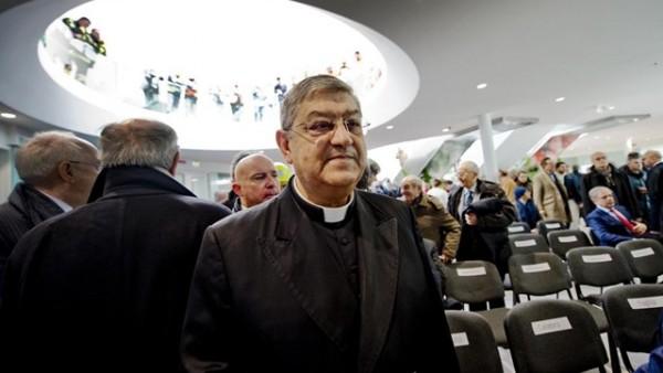 La preghiera della Chiesa di Napoli per i giovani nelle mani della piovra!