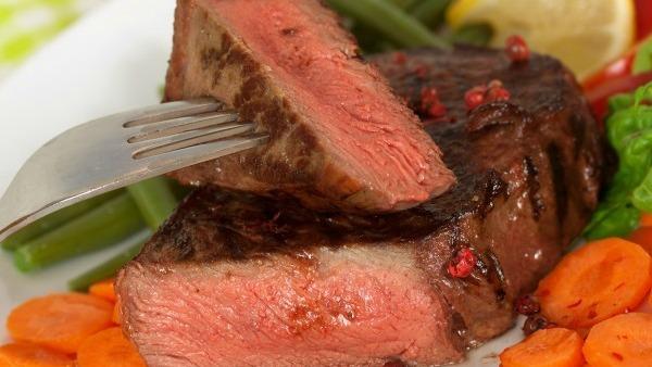 Allarme carne: però la dieta mediterranea è patrimonio dell' umanità