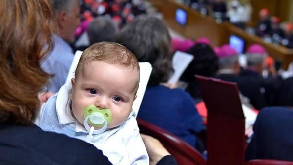 Curiosità sul Sinodo: è un neonato il più giovane partecipante