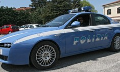 Foto auto polizia, volante della Questura di Ragusa/ Ufficio stampa Questura Ragusa