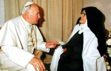 Suor Lucia di Fatima con Giovanni Paolo II