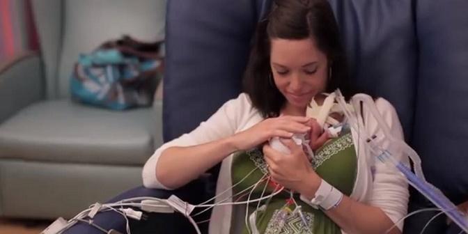 Bambino-nato-prematuro-video
