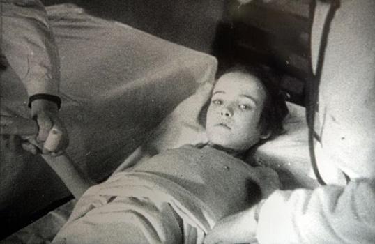 Roma, Memoria Auschwitz mostra al vittoriano Jana Eicksteinova bimba ebrea di 9 anni ricoverata dopo la Liberazione nell'ospedale della crocerossa polacca allestito nell'ex campo di Auschwitz I - fotografo: Benvegnù-gauitoli