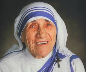 Femen vs Madre Teresa/ Ma il suo amore folle per la vita piacerebbe anche a Inna Shevchenko