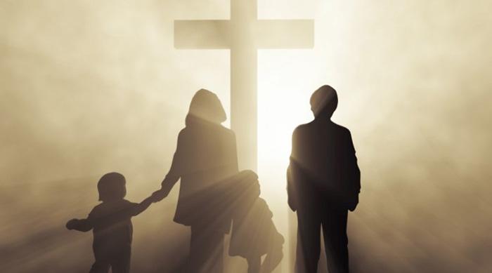 Preghiera-Per-La-Famiglia1-720x400