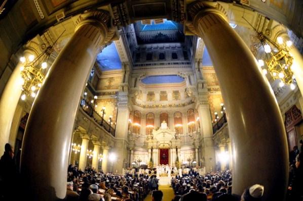 Roma-Papa-Francesco-nella-Sinagoga-il-17-gennaio-2016