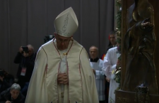 Papa Francesco ha aperto la Porta Santa della Basilica di Santa Maria Maggiore