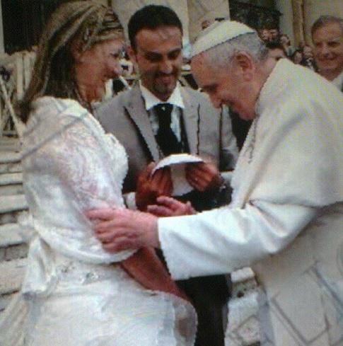 Come chiamiamo la nostra bambina? Ed il Papa suggerisce: Maria!