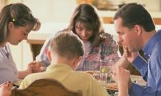 Benedici la tua famiglia e mettila al 'riparo sicuro' nelle mani di Dio!